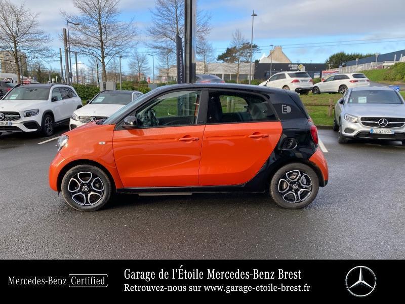 Photo 2 de l'offre de SMART Forfour Electrique 82ch prime à 12890€ chez Garage de l'Étoile - Mercedes-Benz Brest