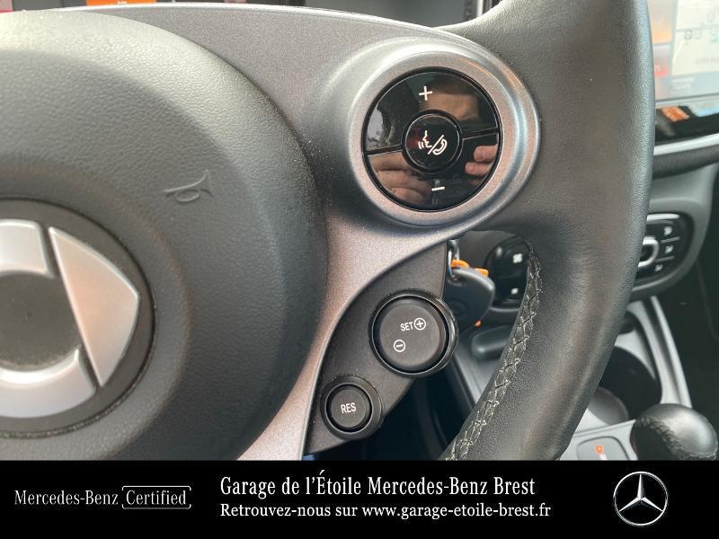 Photo 21 de l'offre de SMART Forfour Electrique 82ch prime à 12890€ chez Garage de l'Étoile - Mercedes-Benz Brest