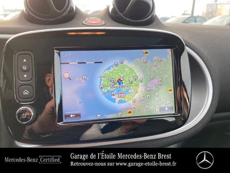 Photo 8 de l'offre de SMART Forfour Electrique 82ch prime à 12890€ chez Garage de l'Étoile - Mercedes-Benz Brest
