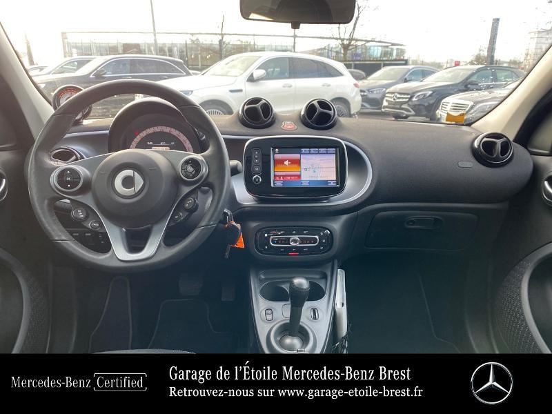 Photo 6 de l'offre de SMART Forfour Electrique 82ch prime à 12890€ chez Garage de l'Étoile - Mercedes-Benz Brest
