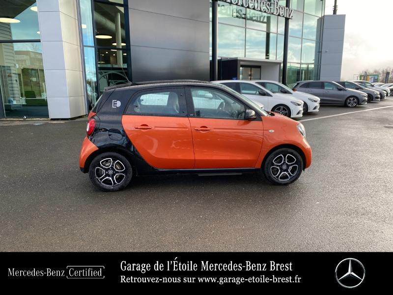 Photo 4 de l'offre de SMART Forfour Electrique 82ch prime à 12890€ chez Garage de l'Étoile - Mercedes-Benz Brest