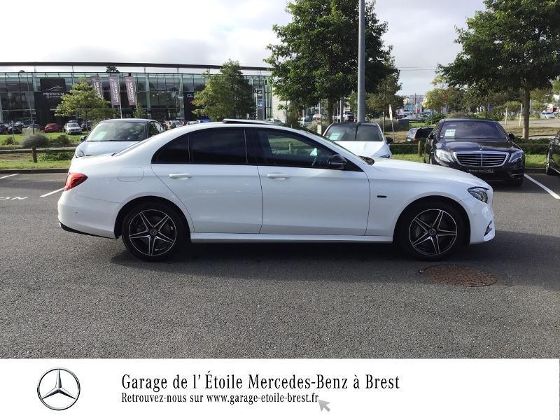 Photo 4 de l'offre de MERCEDES-BENZ Classe E 300 de 194+122ch AMG Line 9G-Tronic Euro6d-T-EVAP-ISC à 53990€ chez Garage de l'Étoile - Mercedes-Benz Brest