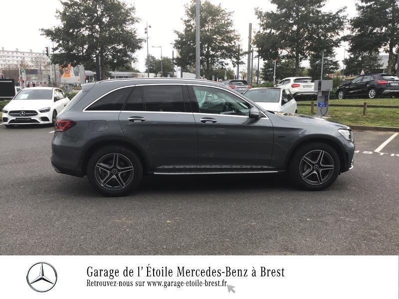 Photo 4 de l'offre de MERCEDES-BENZ GLC 300 e 211+122ch AMG Line 4Matic 9G-Tronic Euro6d-T-EVAP-ISC à 67990€ chez Garage de l'Étoile - Mercedes-Benz Brest
