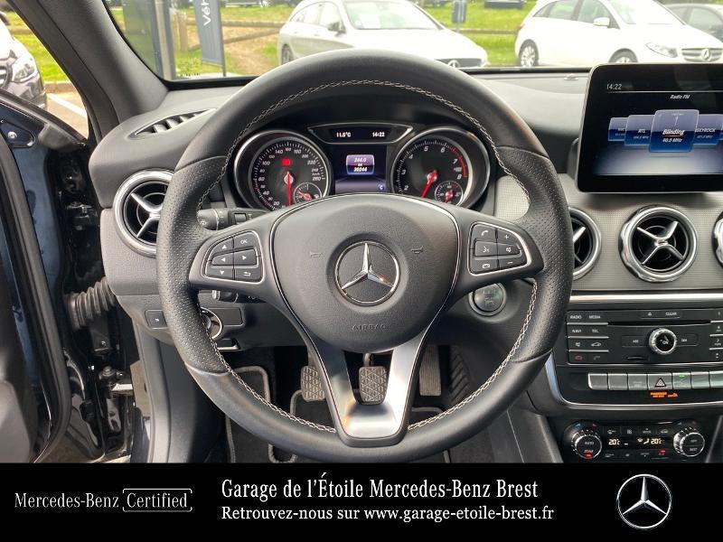 Photo 7 de l'offre de MERCEDES-BENZ Classe GLA 200 Sensation à 24790€ chez Garage de l'Étoile - Mercedes-Benz Brest