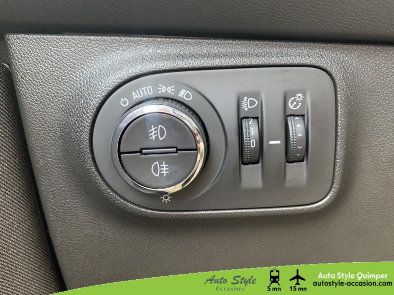 Photo 18 de l'offre de OPEL Corsa 1.4 Turbo 100ch Design 120 ans Start/Stop 5p à 10990€ chez Auto Concept - Opel Quimper