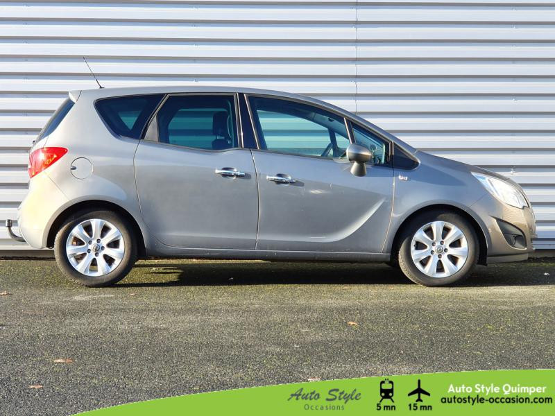 Photo 2 de l'offre de OPEL Meriva 1.7 CDTI110 FAP Cosmo BA à 8490€ chez Auto Concept - Opel Quimper