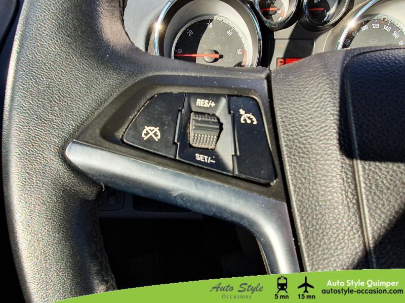 Photo 10 de l'offre de OPEL Meriva 1.7 CDTI110 FAP Cosmo BA à 8490€ chez Auto Concept - Opel Quimper