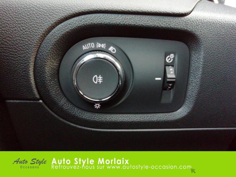 Photo 16 de l'offre de OPEL Grandland X 1.2 Turbo 130ch Innovation BVA à 20990€ chez Garage de la Gare - Opel Morlaix