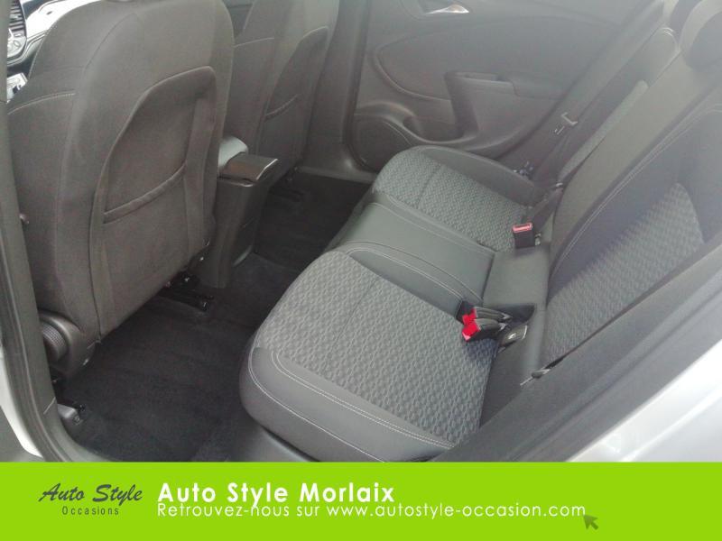 Photo 10 de l'offre de OPEL Astra 1.6 CDTI 136ch Start&Stop Dynamic à 14990€ chez Garage de la Gare - Opel Morlaix