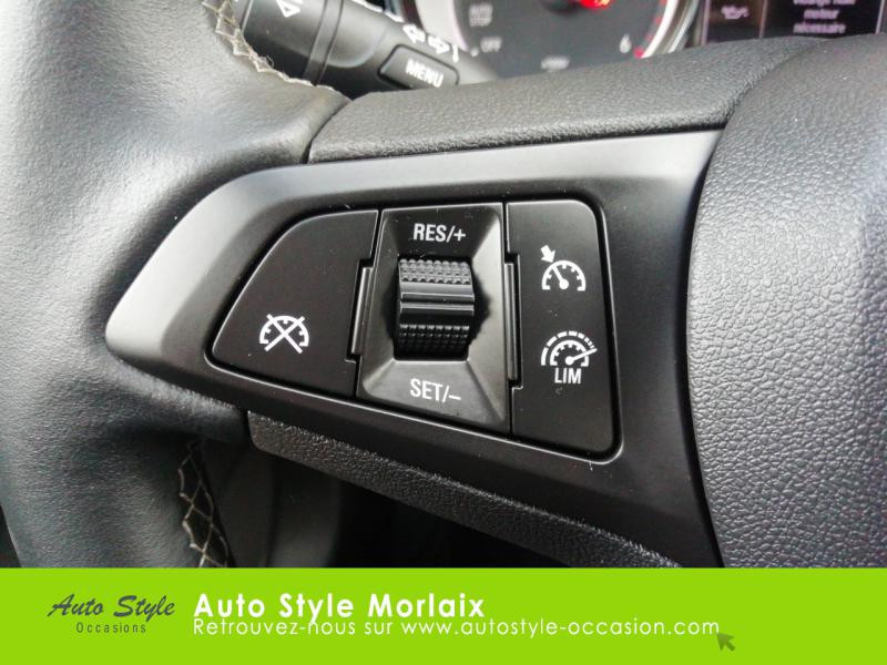 Photo 13 de l'offre de OPEL Astra 1.6 CDTI 136ch Start&Stop Dynamic à 14990€ chez Garage de la Gare - Opel Morlaix