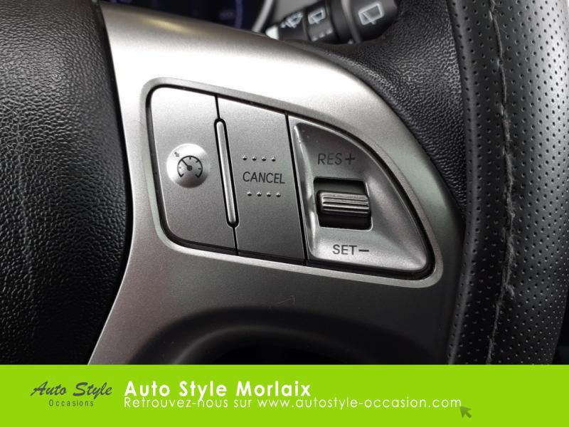 Photo 19 de l'offre de HYUNDAI ix35 1.7 CRDi Pack Premium Limited à 10980€ chez Garage de la Gare - Opel Morlaix