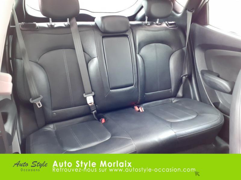 Photo 11 de l'offre de HYUNDAI ix35 1.7 CRDi Pack Premium Limited à 10980€ chez Garage de la Gare - Opel Morlaix