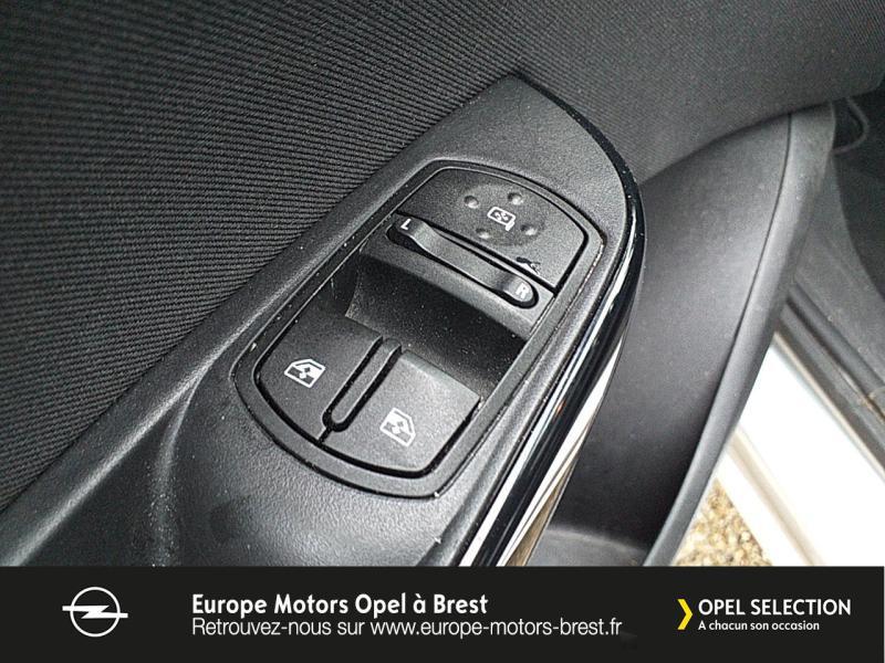 Photo 12 de l'offre de OPEL Corsa 1.4 Turbo 100ch Design Edition Start/Stop 5p à 10990€ chez Europe Motors - Opel Brest