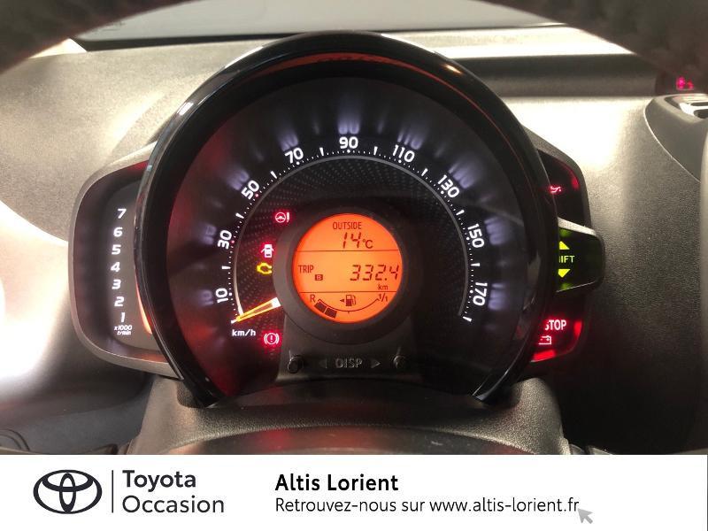 Photo 8 de l'offre de TOYOTA Aygo 1.0 VVT-i 72ch x-play 5p MY20 à 12140€ chez Altis - Toyota Lorient