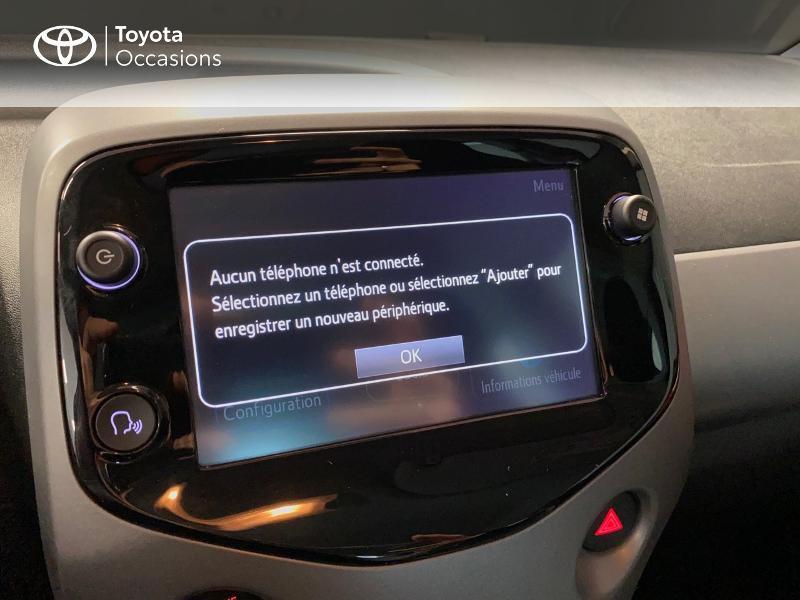 Photo 11 de l'offre de TOYOTA Aygo 1.0 VVT-i 72ch x-play x-app 5p à 10990€ chez Altis - Toyota Lorient