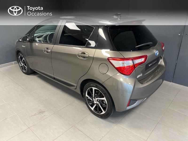 Photo 2 de l'offre de TOYOTA Yaris 100h Collection 5p RC18 à 16990€ chez Altis - Toyota Lorient