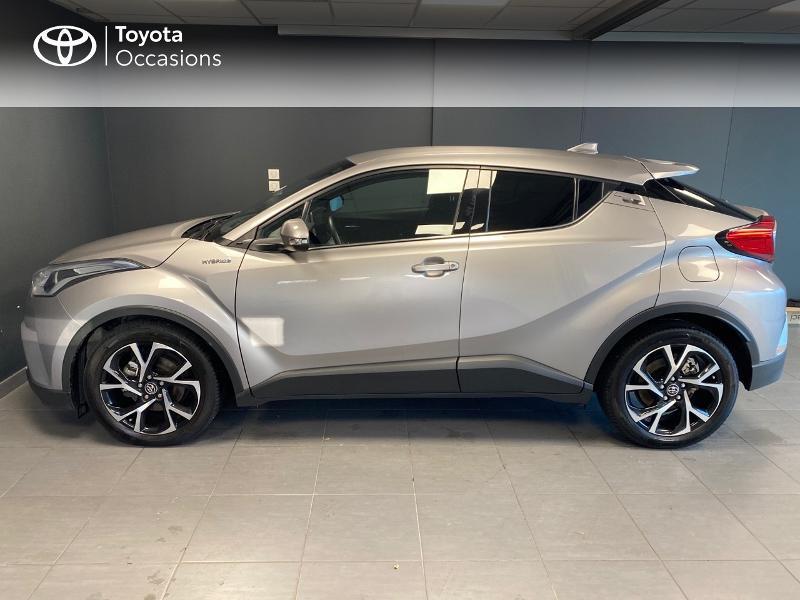 Photo 3 de l'offre de TOYOTA C-HR 122h Edition 2WD E-CVT RC18 à 21980€ chez Altis - Toyota Lorient