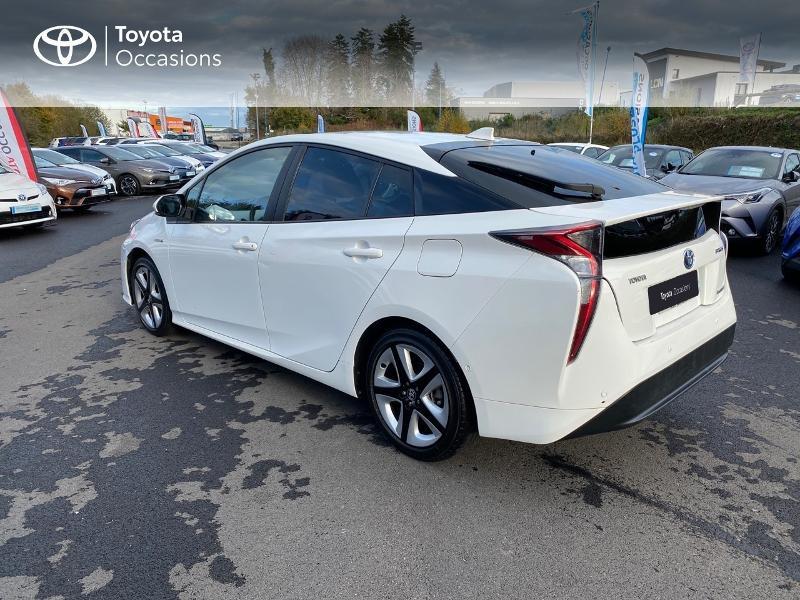 Photo 2 de l'offre de TOYOTA Prius 122h Lounge à 17990€ chez Altis - Toyota Lorient