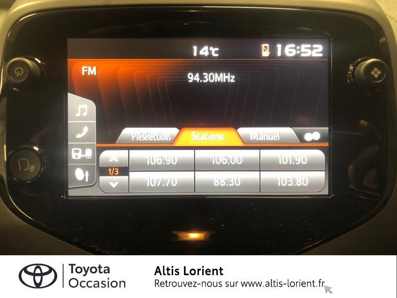 Photo 7 de l'offre de TOYOTA Aygo 1.0 VVT-i 72ch x-play 5p MY20 à 12140€ chez Altis - Toyota Lorient