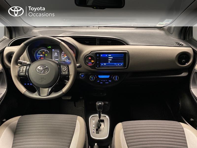 Photo 5 de l'offre de TOYOTA Yaris 100h Collection 5p RC18 à 16990€ chez Altis - Toyota Lorient