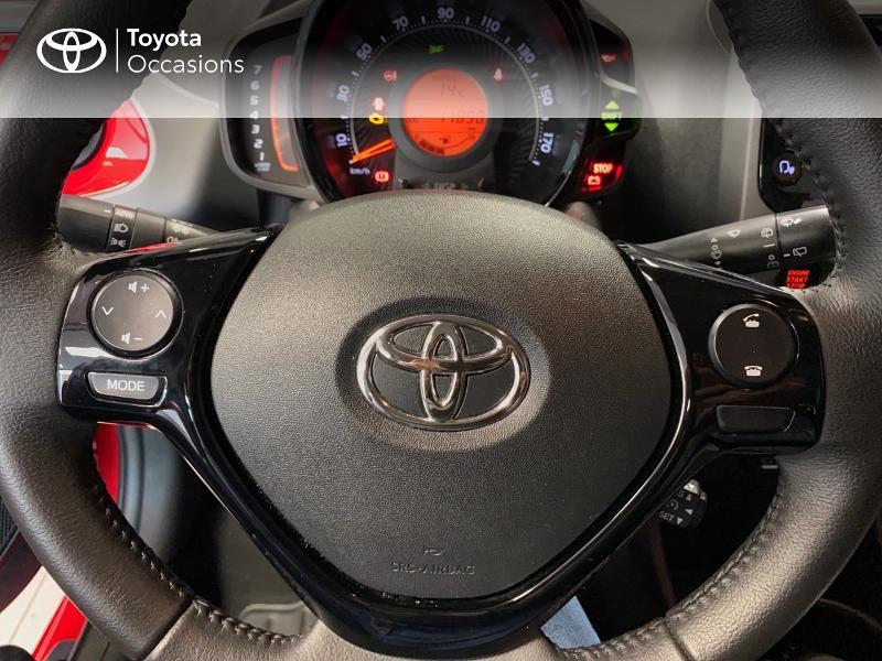 Photo 15 de l'offre de TOYOTA Aygo 1.0 VVT-i 72ch x-play x-app 5p à 10990€ chez Altis - Toyota Lorient