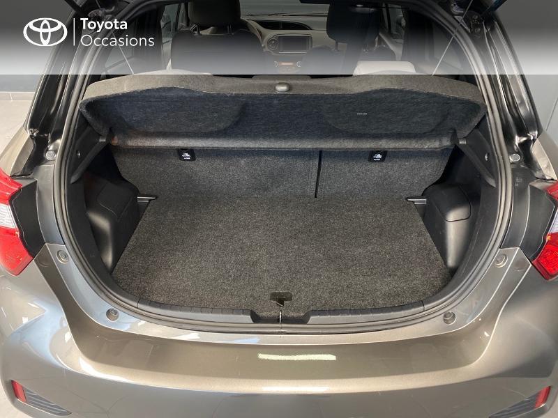 Photo 15 de l'offre de TOYOTA Yaris 100h Collection 5p RC18 à 16990€ chez Altis - Toyota Lorient