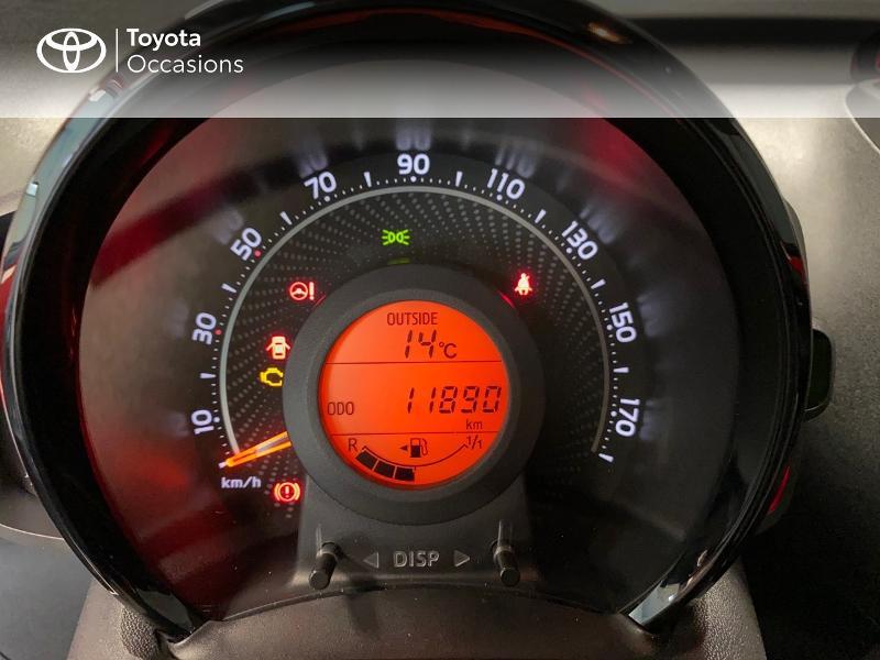 Photo 14 de l'offre de TOYOTA Aygo 1.0 VVT-i 72ch x-play x-app 5p à 10990€ chez Altis - Toyota Lorient