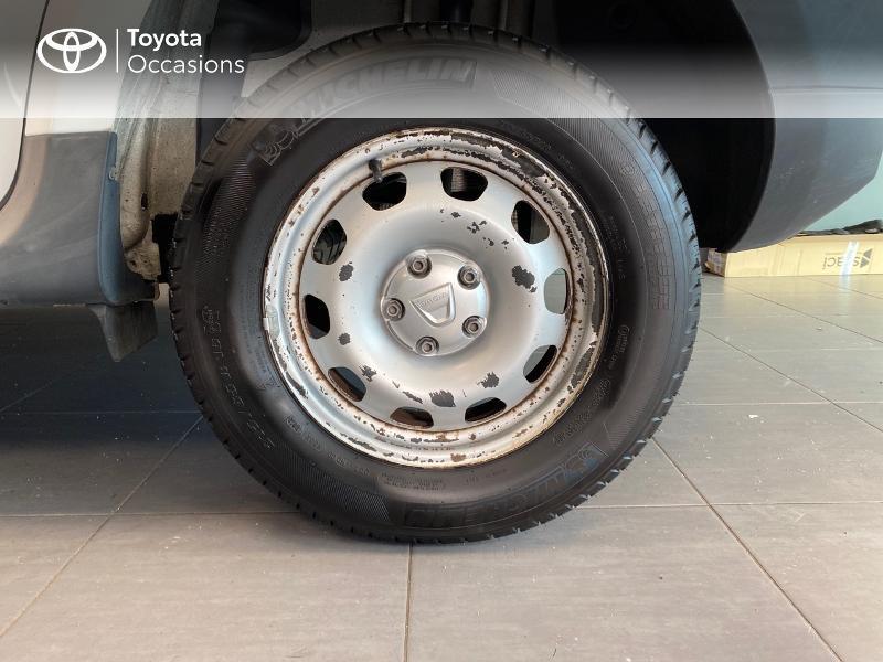 Photo 4 de l'offre de DACIA Duster 1.5 dCi 110ch FAP Ambiance 4X2 à 8990€ chez Altis - Toyota Lorient