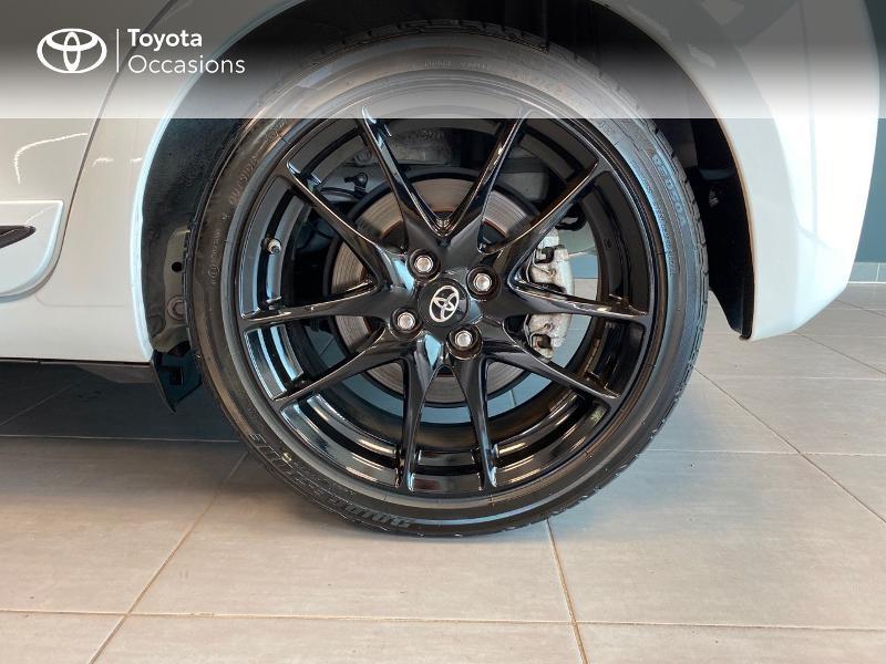 Photo 4 de l'offre de TOYOTA Yaris 100h GR SPORT 5p MY19 à 17990€ chez Altis - Toyota Lorient