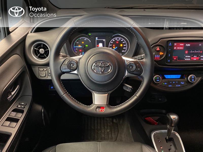 Photo 6 de l'offre de TOYOTA Yaris 100h GR SPORT 5p MY19 à 17990€ chez Altis - Toyota Lorient