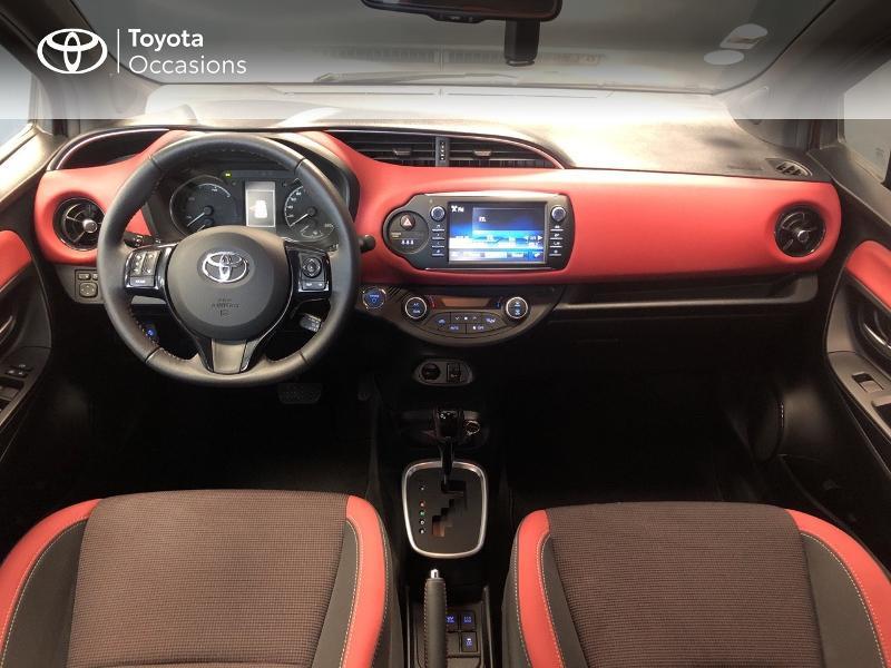 Photo 5 de l'offre de TOYOTA Yaris 100h Collection 5p à 15990€ chez Altis - Toyota Lorient