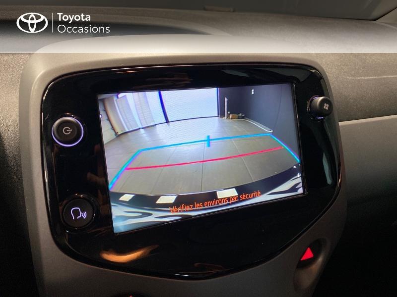 Photo 9 de l'offre de TOYOTA Aygo 1.0 VVT-i 72ch x-play x-app 5p à 10990€ chez Altis - Toyota Lorient