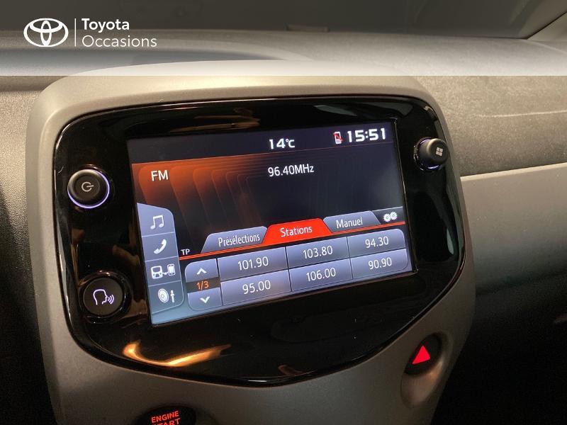 Photo 8 de l'offre de TOYOTA Aygo 1.0 VVT-i 72ch x-play x-app 5p à 10990€ chez Altis - Toyota Lorient