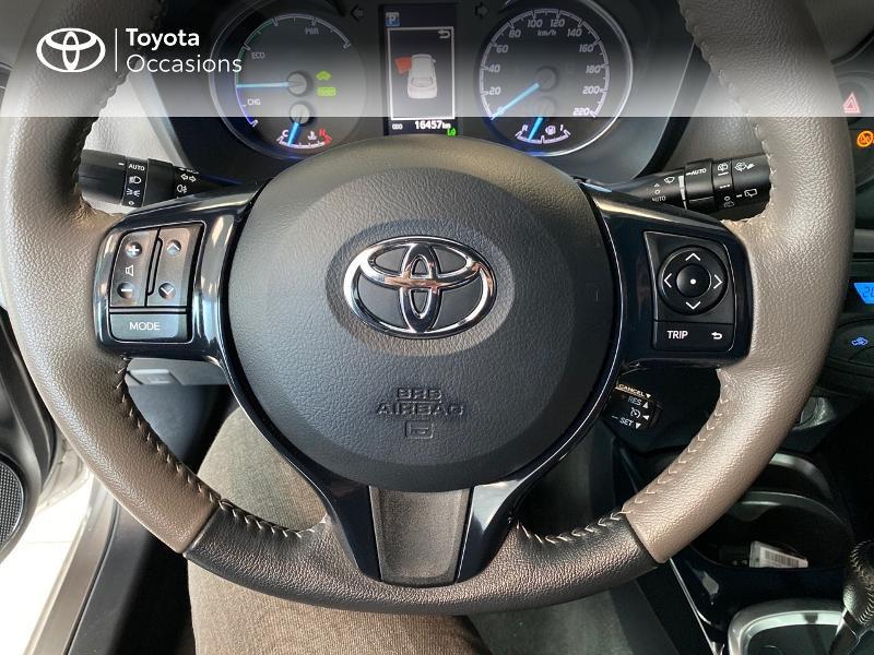 Photo 12 de l'offre de TOYOTA Yaris 100h Collection 5p MY19 à 16990€ chez Altis - Toyota Lorient