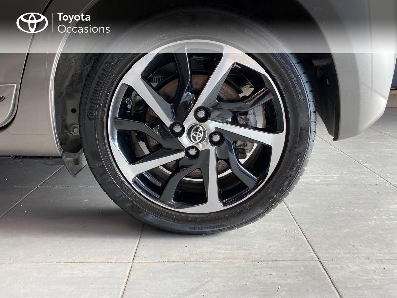 Photo 4 de l'offre de TOYOTA Yaris 100h Collection 5p MY19 à 16990€ chez Altis - Toyota Lorient