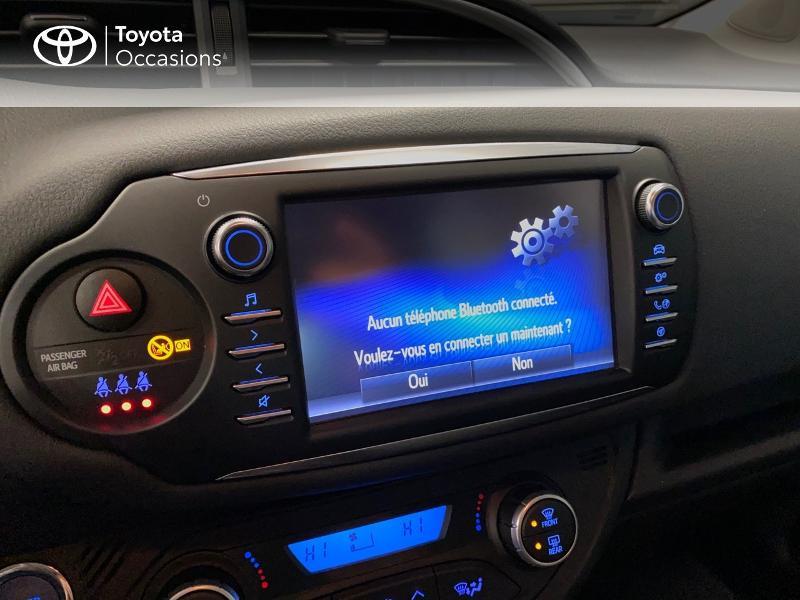 Photo 9 de l'offre de TOYOTA Yaris 100h Dynamic 5p à 13990€ chez Altis - Toyota Lorient