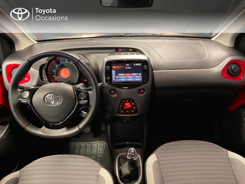 Photo 7 de l'offre de TOYOTA Aygo 1.0 VVT-i 72ch x-play x-app 5p à 10990€ chez Altis - Toyota Lorient