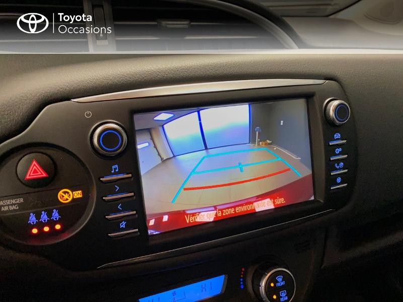Photo 13 de l'offre de TOYOTA Yaris 100h Dynamic 5p à 13990€ chez Altis - Toyota Lorient