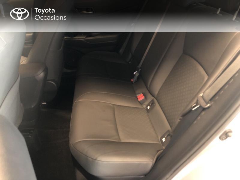 Photo 14 de l'offre de TOYOTA C-HR 122h Graphic 2WD E-CVT RC18 à 22990€ chez Altis - Toyota Lorient