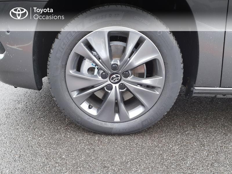 Photo 16 de l'offre de TOYOTA PROACE CITY Verso Medium 1.2 130 VVT-i Design BVA RC21 à 30290€ chez Altis - Toyota Lorient