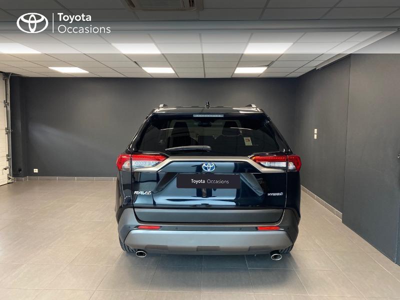 Photo 4 de l'offre de TOYOTA RAV4 Hybride 218ch Dynamic 2WD MY20 à 29990€ chez Altis - Toyota Lorient