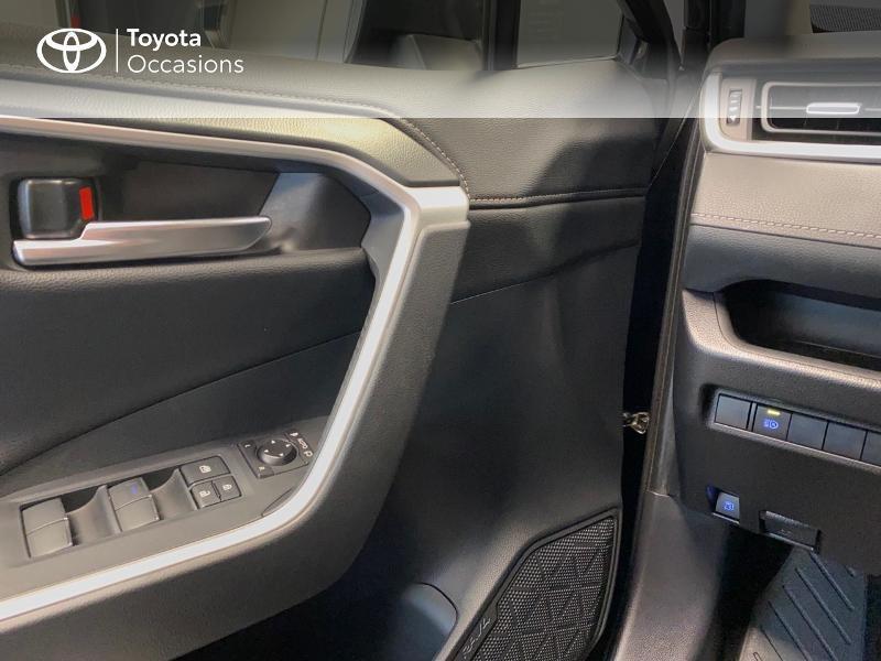 Photo 18 de l'offre de TOYOTA RAV4 Hybride 218ch Dynamic 2WD MY20 à 29990€ chez Altis - Toyota Lorient
