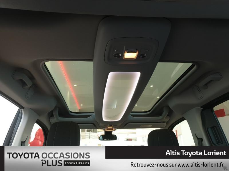 Photo 6 de l'offre de TOYOTA ProAce City Verso Medium 1.5 100 D-4D Design à 29490€ chez Altis - Toyota Lorient