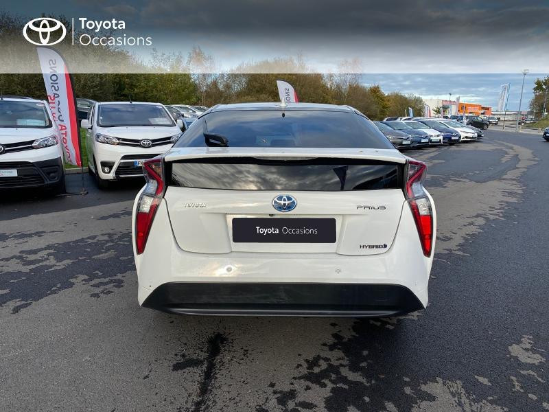 Photo 4 de l'offre de TOYOTA Prius 122h Lounge à 17990€ chez Altis - Toyota Lorient