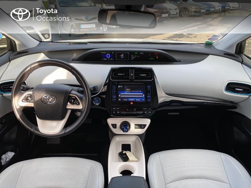 Photo 12 de l'offre de TOYOTA Prius 122h Lounge à 17990€ chez Altis - Toyota Lorient