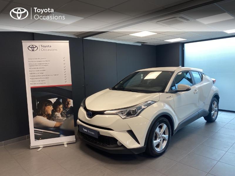 Toyota C-HR 122h Dynamic 2WD E-CVT Hybride blanc Occasion à vendre