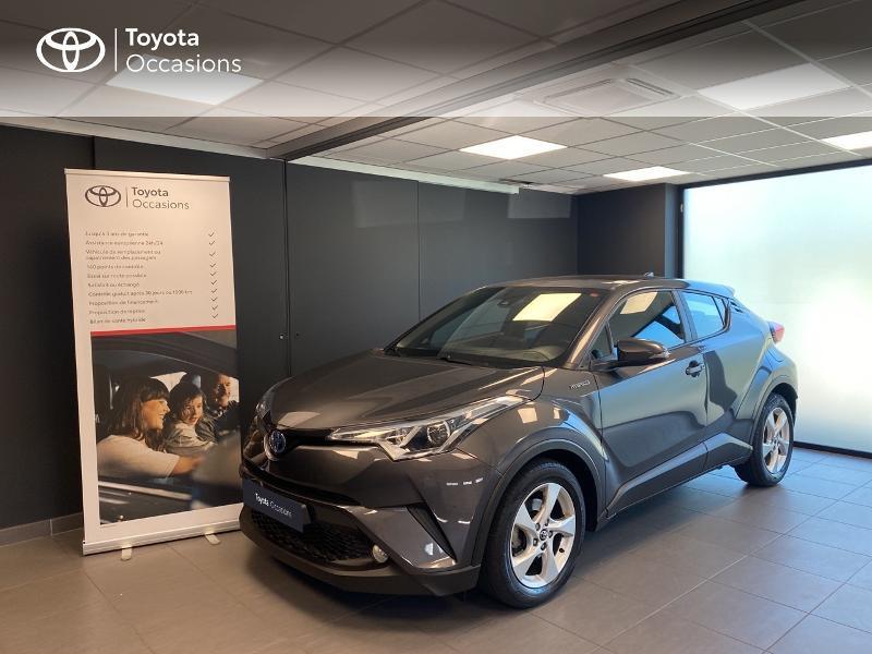 Toyota C-HR 122h Dynamic 2WD E-CVT Hybride gris foncé Occasion à vendre