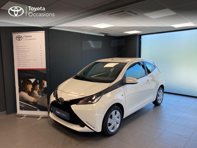 Toyota Aygo 1.0 VVT-i 69ch x-play 3p Essence BLANC PUR Occasion à vendre