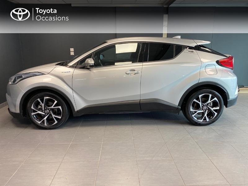 Photo 3 de l'offre de TOYOTA C-HR 122h Edition 2WD E-CVT RC18 à 20990€ chez Altis - Toyota Lorient