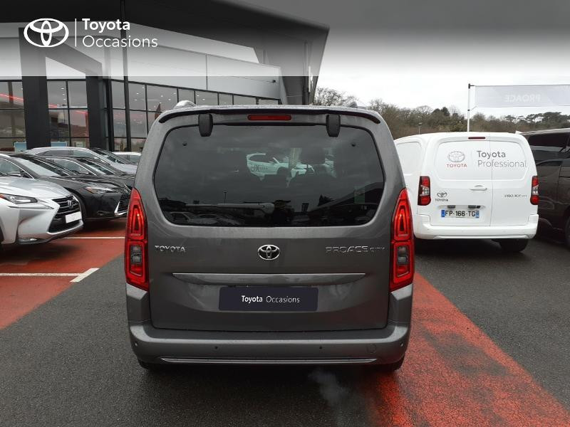 Photo 4 de l'offre de TOYOTA PROACE CITY Verso Medium 1.2 130 VVT-i Design BVA RC21 à 30290€ chez Altis - Toyota Lorient